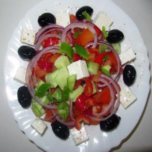 Гръцка салата – 400 G