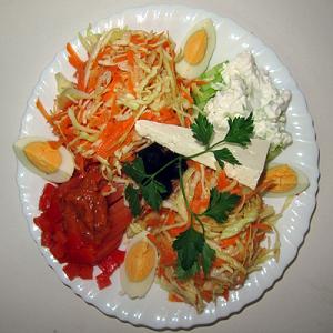 Празнична салата – 500 G