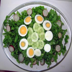 Зелена салата с яйце – 400 G