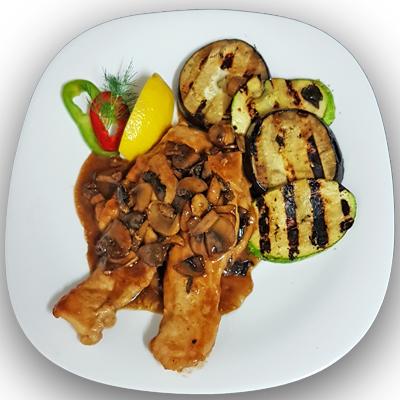 Пилешки филенца с гриловани зеленчуци