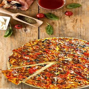 Семейна пица 1.7кг