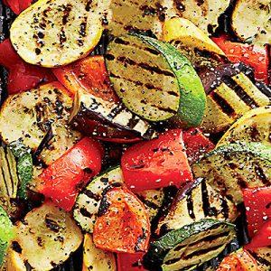 Зеленчуци на скара (по избор)